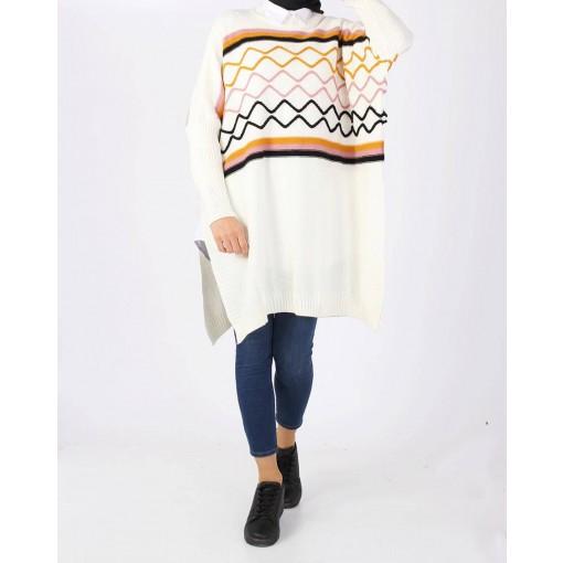 Ecru knitwear shawl