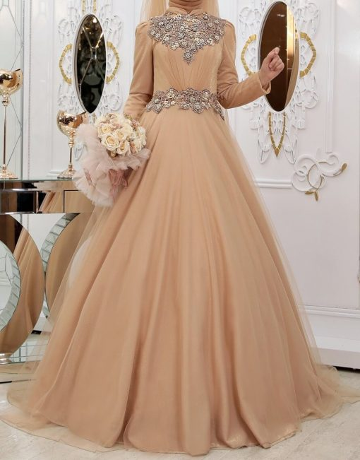 gold gown